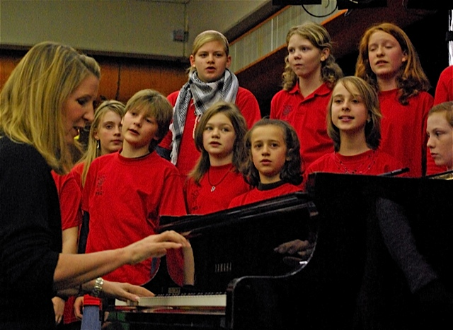 RMG, back in 2007, with the kids in the Paul Klee Gymnasium International Choir.