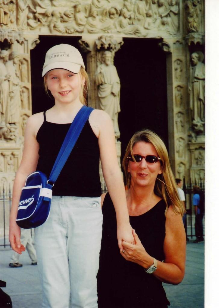 Notre-Mom & Julia