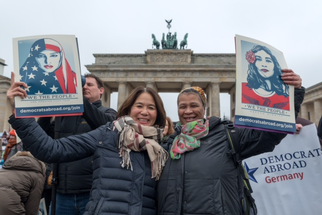 "Kundgebung fuer Frauenrechte ""Women's March"" am Brandenburger Tor in Berlin nach die Investitur von Donald Trump. Copyright: Florian Boillot, 21.01.2017"